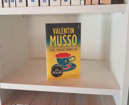 Une vraie famille de Valentin Musso (éditions Points)