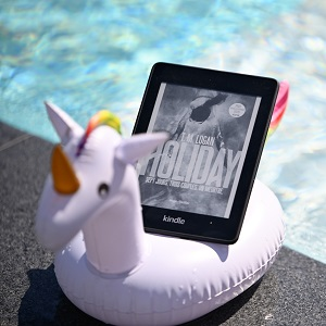 Holiday de T.M Logan (éditions Hugo Thriller)