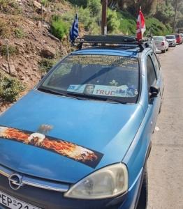 La voiture de notre copain Sophlokis à Fodele